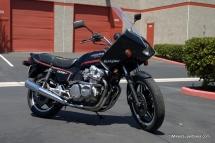 http://mikessuperbikes.com/media/k2/items/cache/c6db11a71571f6269d8aa754fc40212f_M.jpg